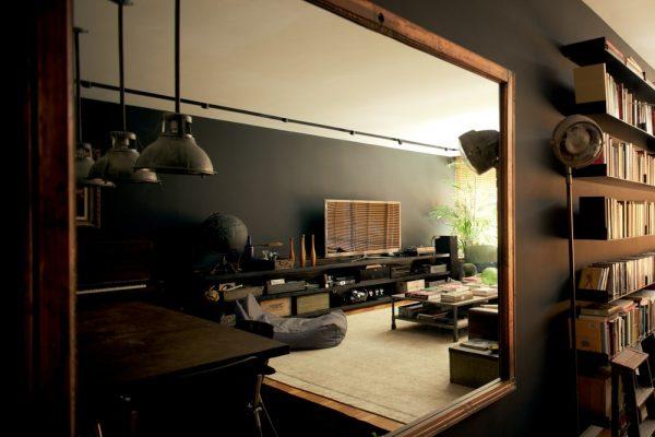 Rio-Apartment-Flat-Iron-Mirror