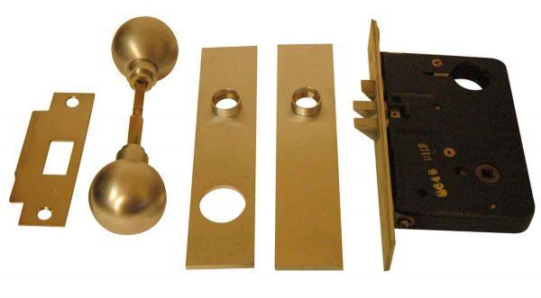 Brushed Nickel Yale Door Entry Set