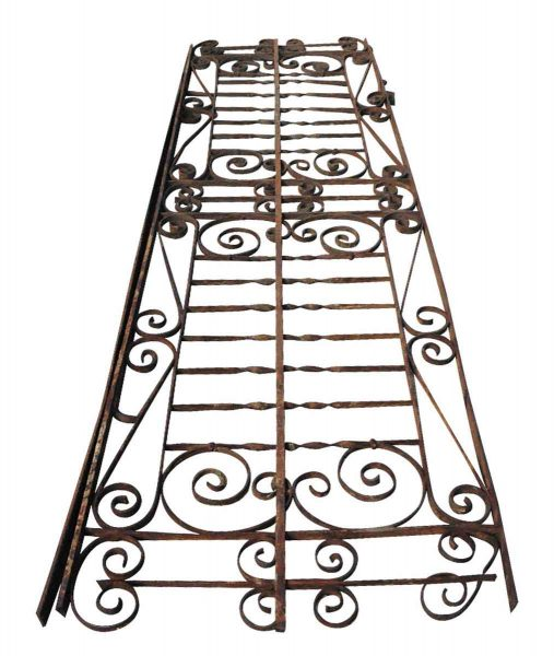 Ornate Victorian Balcony with Returns