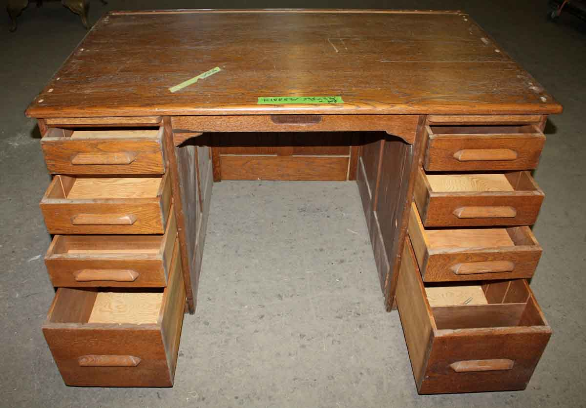 oak student s desk with lots of drawers olde good things. Black Bedroom Furniture Sets. Home Design Ideas
