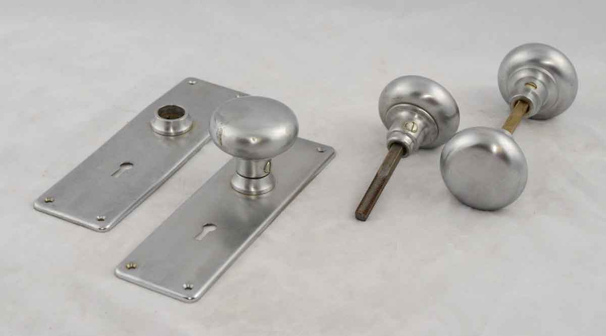 Brushed Nickle Plated Round Brass Doorknob Set