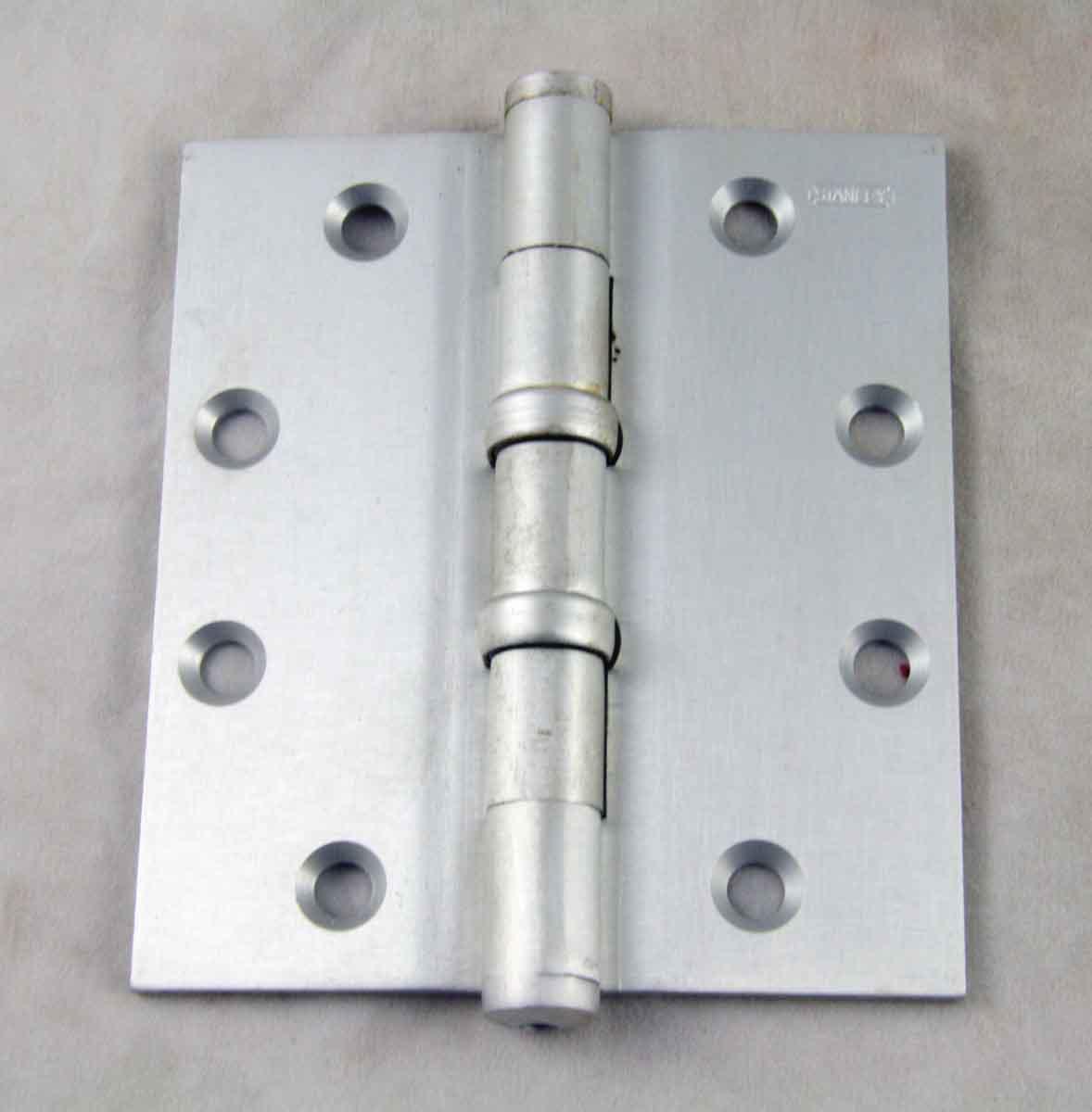 Stanley Aluminum Satin Butt Door Hinge with Flat Ball Tips