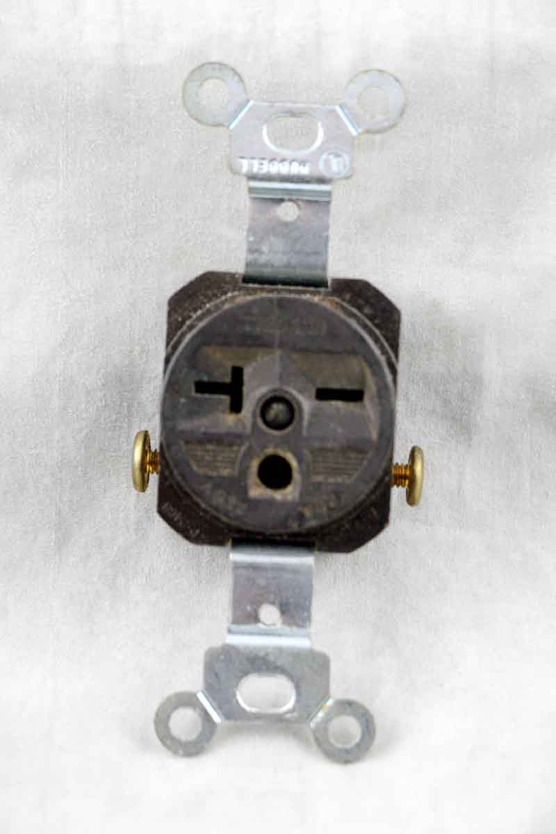 20 Amp Commercial Grade Single Receptacle