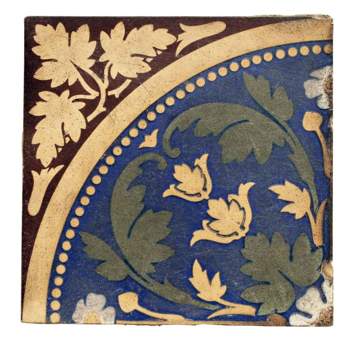 Colorful Leafy Tile