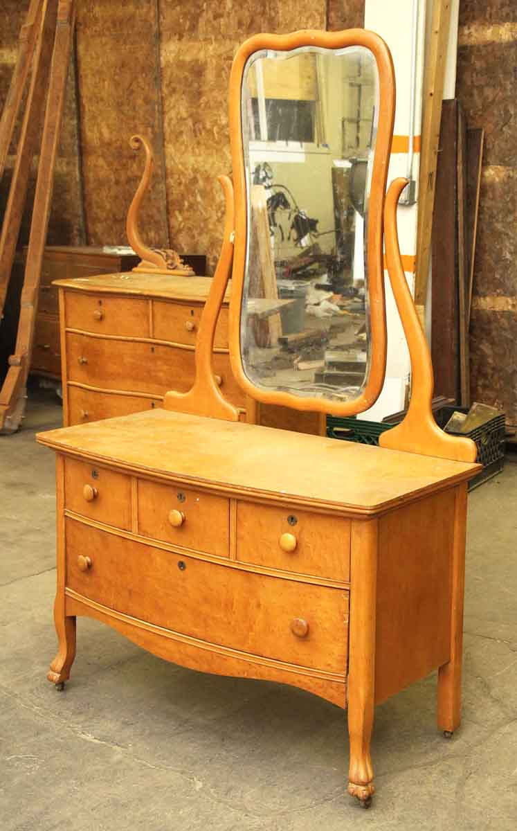 Maple Low Dresser With Mirror Olde Good Things