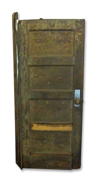Horizontal Panel Door with Closer