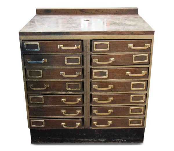 Metal Filing Cabinet of Drawers
