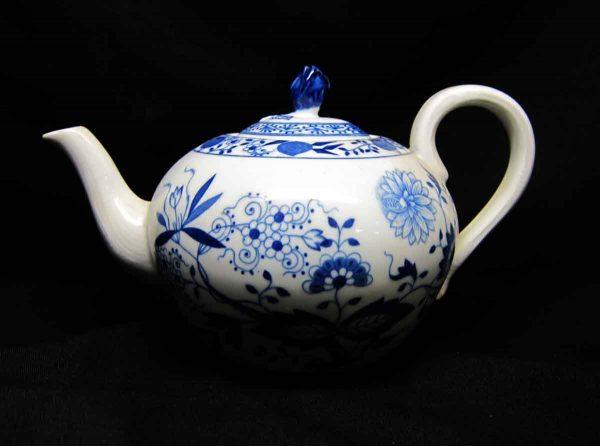 Hutschen Reuther Blue Onion Teapot