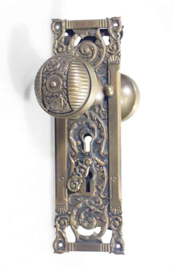 Columbian Pattern Passage Doorknobs Set