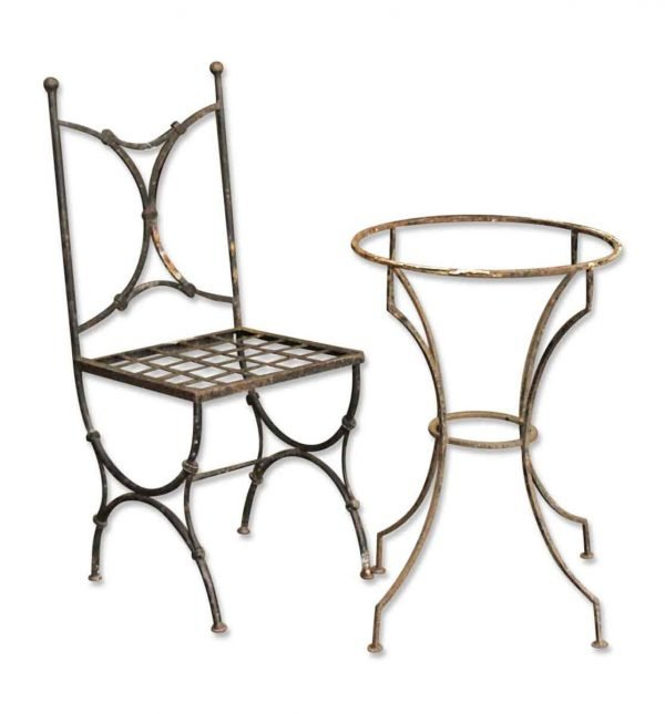 Iron Chairs with Round Table