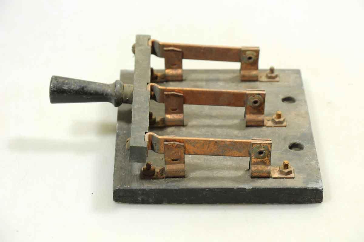 Antique amp Vintage Automatic Switchblade Knives