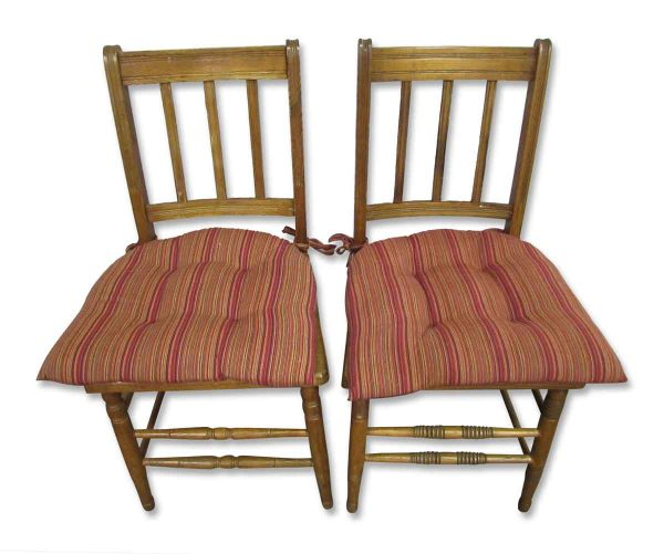 Set of Six Simple Country Blonde Oak Chairs