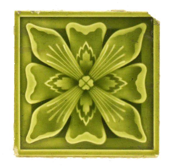 Green Single Floral Tile