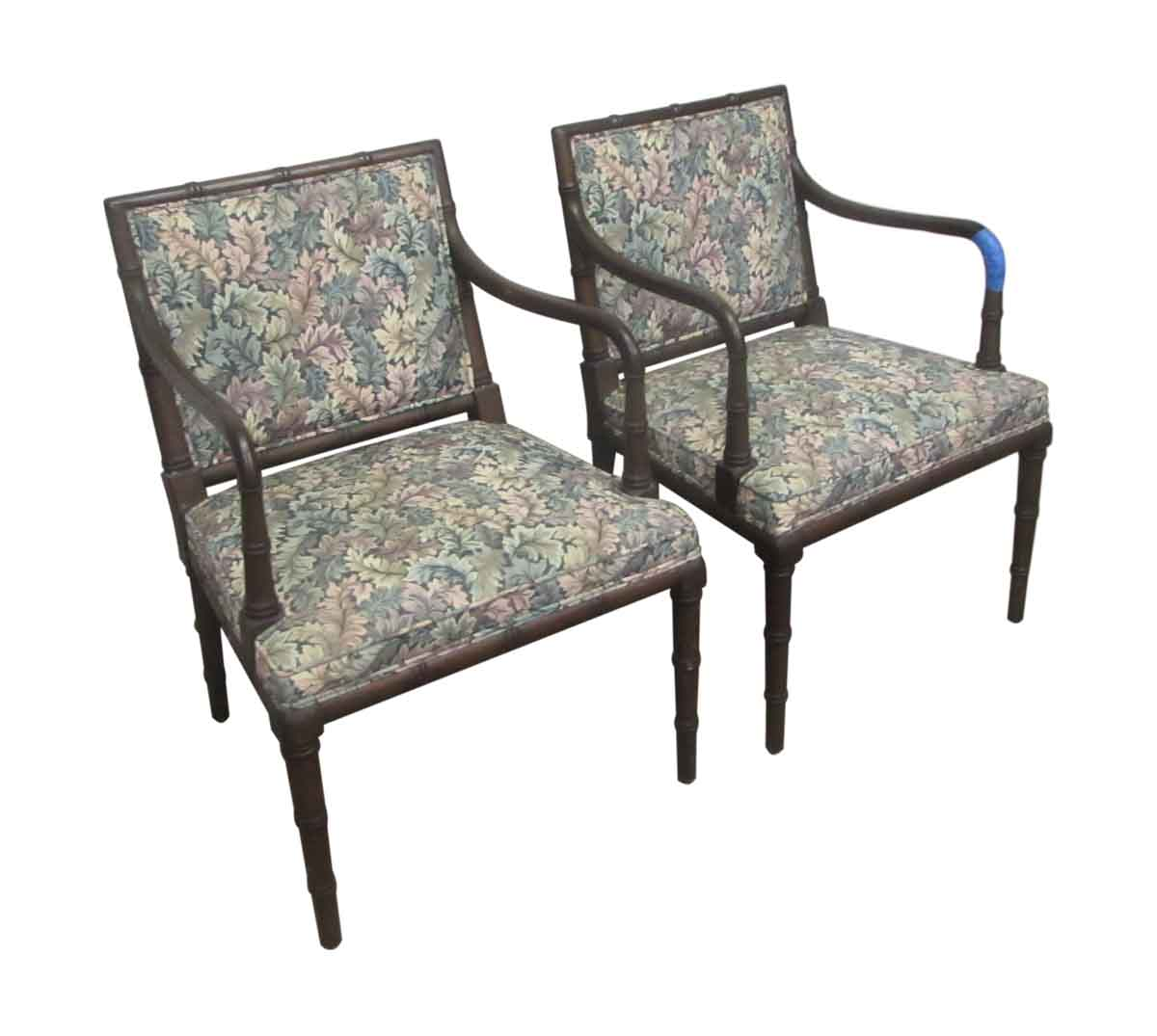 Pair of hickory antique chairs olde good things for Pair of chairs for living room