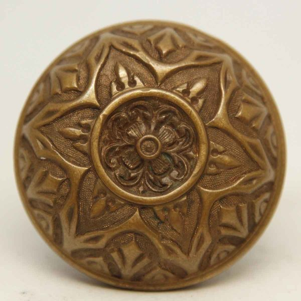 Ornate Corbin Six Fold Single Knob