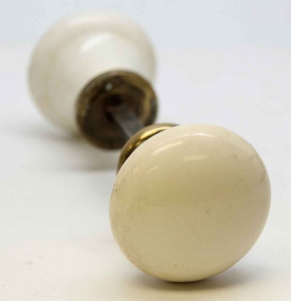 Large Ceramic White Knob Set