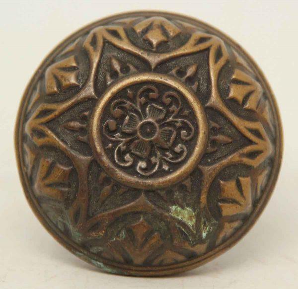 Six Fold Collectors Quality Ornate Single Bronze Knob