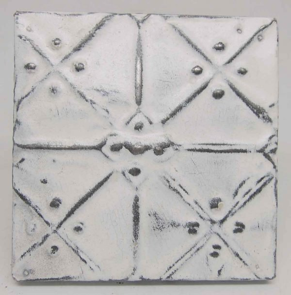 White Geometric Texture Tin Panel