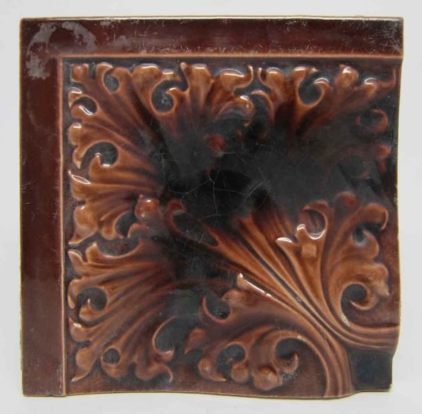 Leaf Curved Corner Square Tile