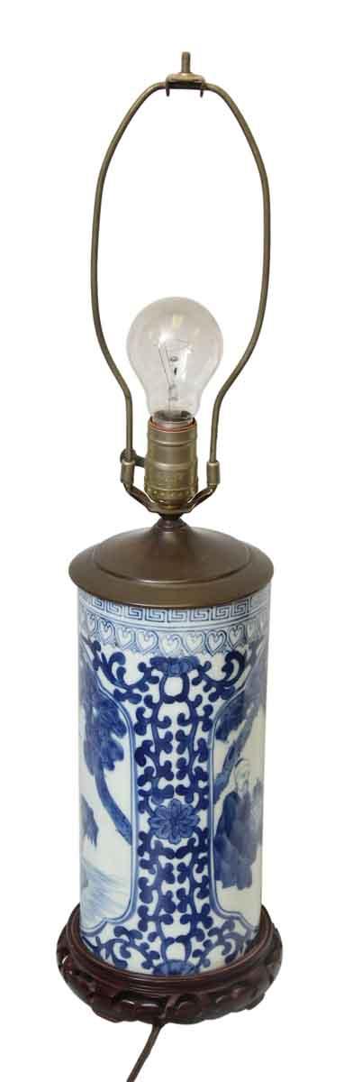 Oriental Ceramic & Wood Base Lamp