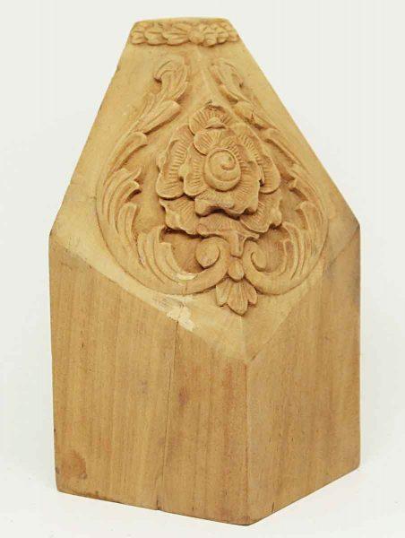 Carved Floral Corner Wood Molding