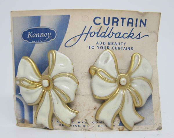 Pair of White Bow Curtain Holdbacks