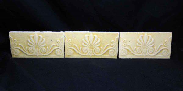 Yellow Vintage Fleur de Lis Tiles