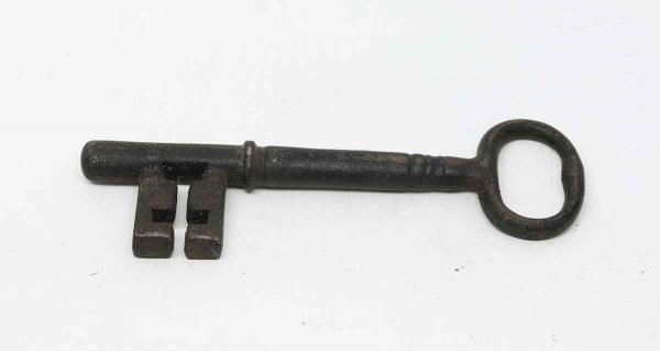 Oversized Iron Skeleton Key