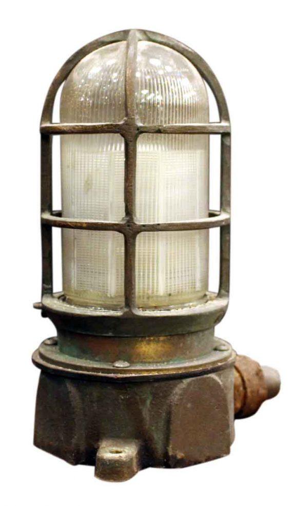 Cast Bronze Oceanic Ship Light