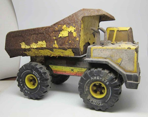 Vintage Rusted Tonka Yellow Dump Truck
