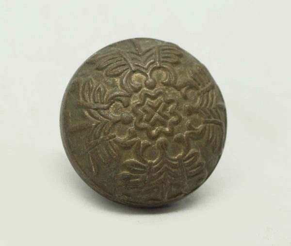 Collectors Quality Bronze Round Decorative Knob