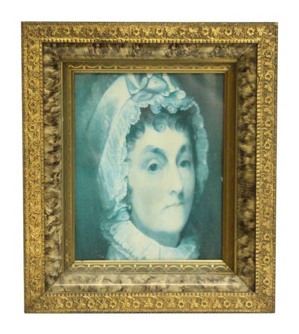 Nicely Framed Old Woman Portrait