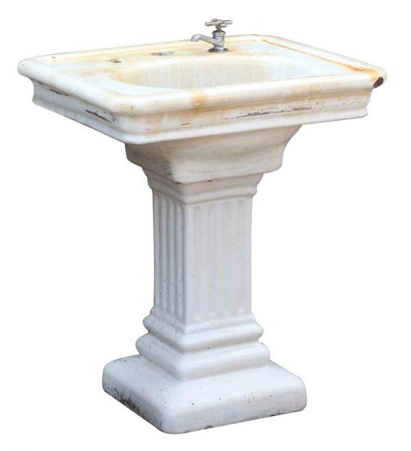 Fluted Porcelain Finished Earthenware Sink with Pedestal Base