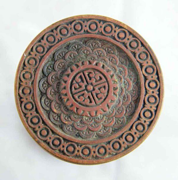 Vernacular bronze doorknob set