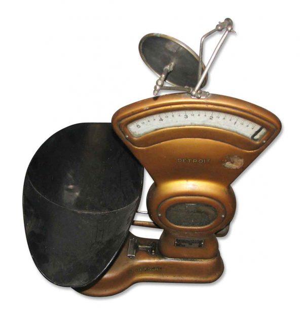 Antique bronze color scale