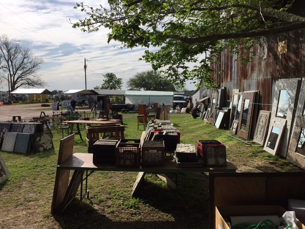 Waron Texas Antique Show Round Top