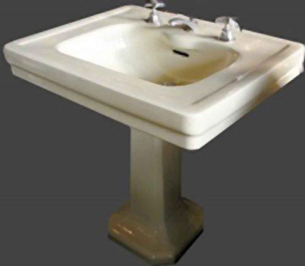 Large Art Deco Light Light Yellow Sink - Bathroom