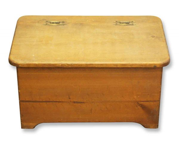 Small Wooden Chest with Heart Detail - Chests