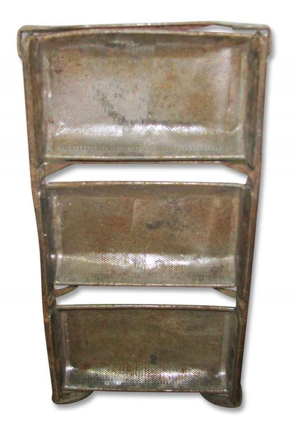 Antique Metal Load Pans - Kitchen