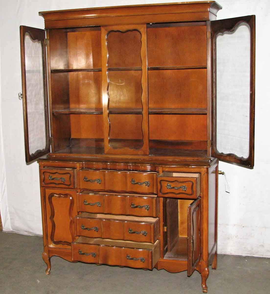French Provincial Kitchen Cabinets: French Provincial China Cabinet
