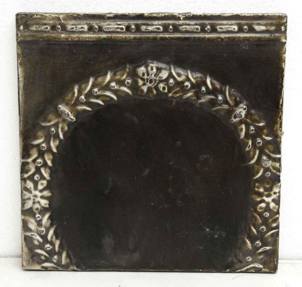 Brown Wreath Tin Panel - Tin Panels