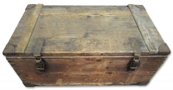 Dovetail Wood Box Trunk - Trunks