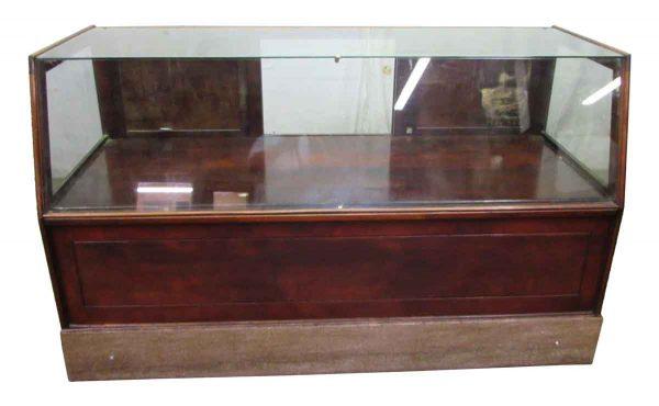 Mc Lean Mfg. Co. Showcase - Commercial Furniture