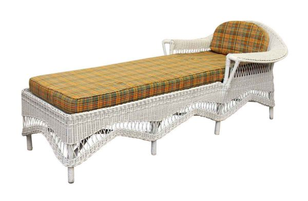Vintage Wicker Day Bed - Patio Furniture
