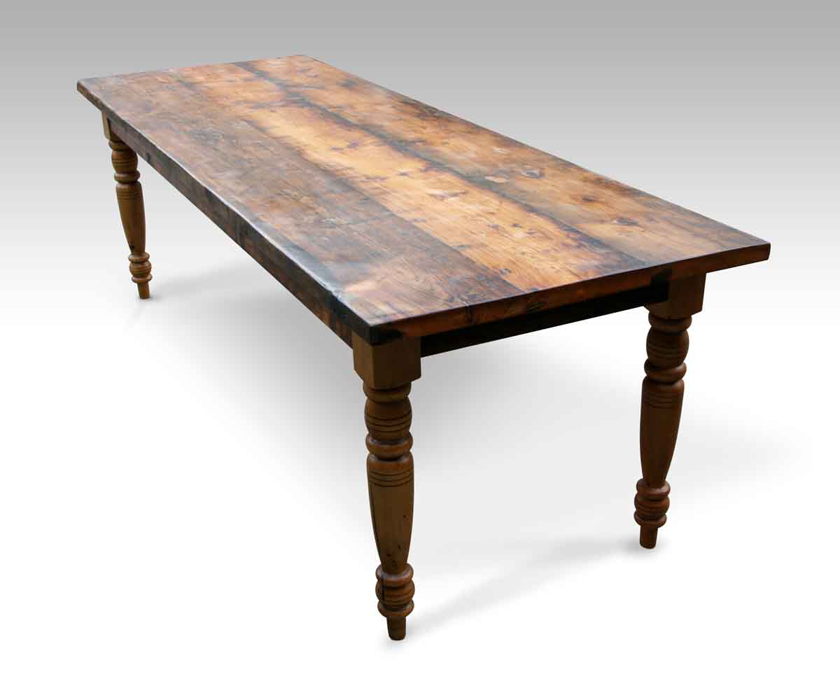 Captivating Rustic Pine Farm Table With Turned Legs