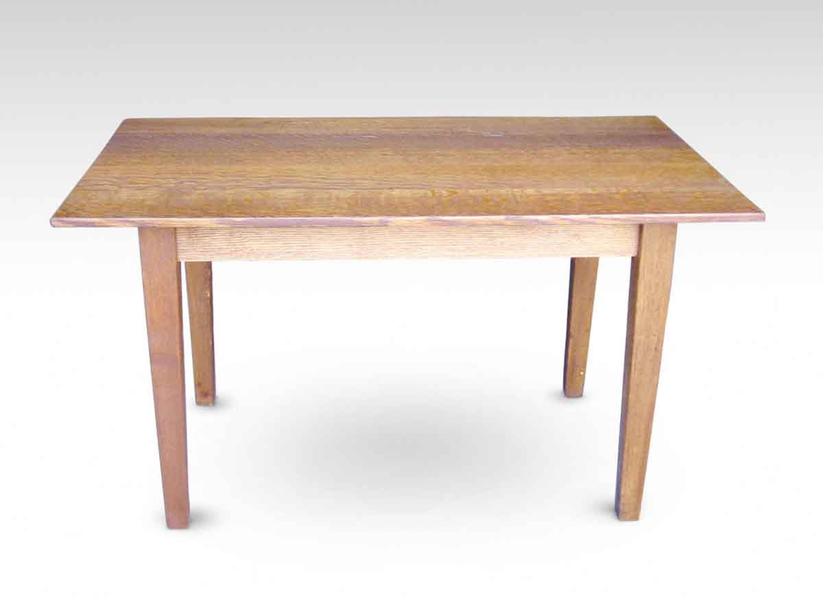 Small oak table with shaker style legs olde good things for Short table legs
