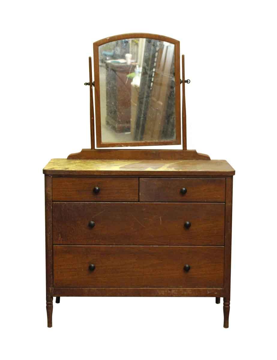 Dresser with wood veneer bedroom n251320