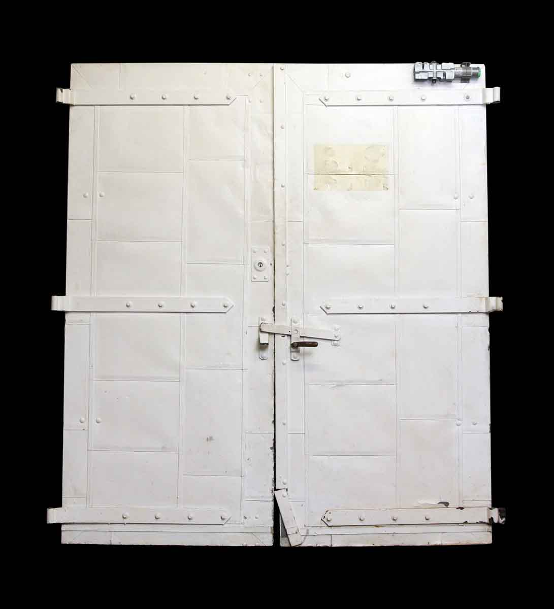 Commercial Doors   Old Pair Of White Fire Doors