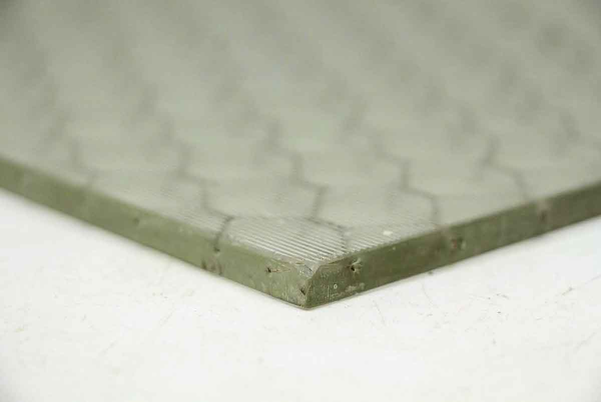 Ribbed Texture Vintage Chicken Wire Glass   Olde Good Things