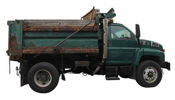 Machinery - 2005 GMC C8500 Dump Truck